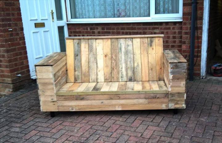 rustic wooden pallet beefy sofa
