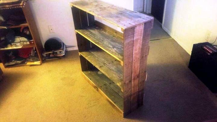 Up-cycled pallet rack unit