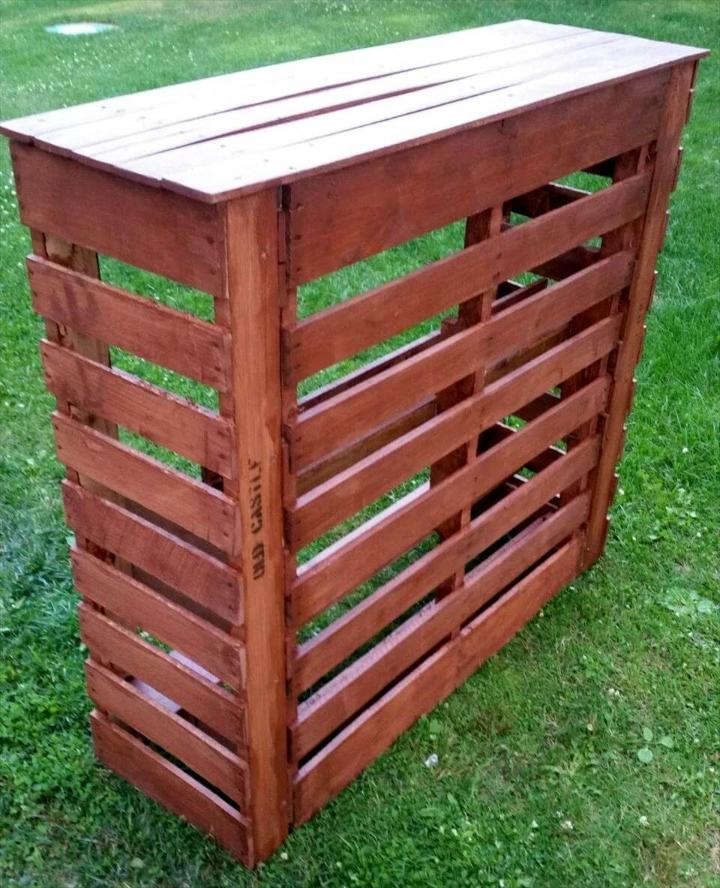 diy stained wooden pallet bar