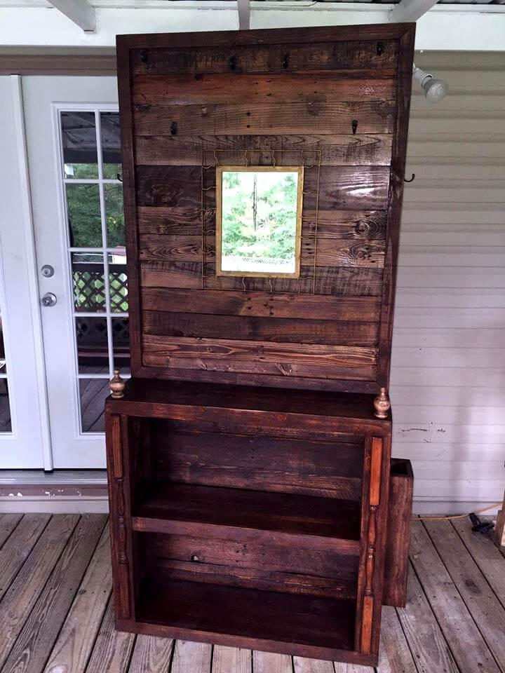 pallet hall tree built to inspire
