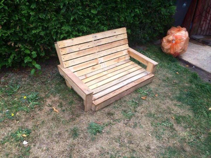 diy wooden pallet swing seat