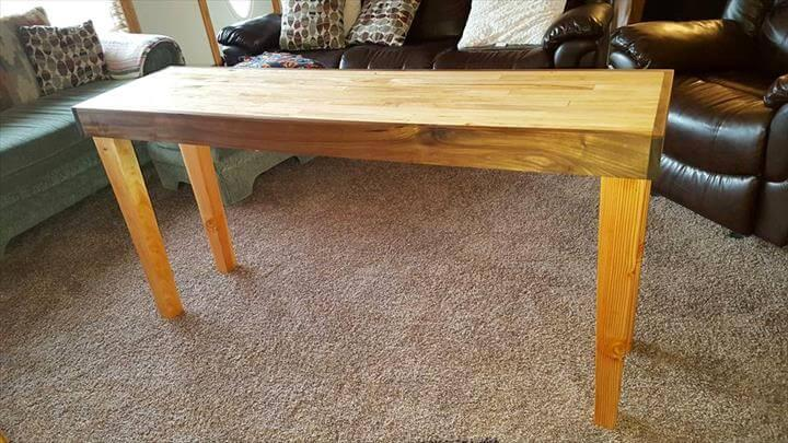 DIY Pallet Entry Table