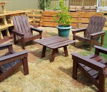 wooden pallet outdoor chair set