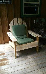 Pallet Outdoor Chair – Inspired of Adirondack Chairs