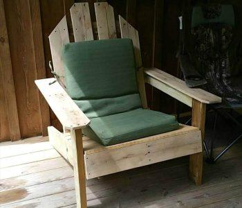 cushioned pallet outdoor chair