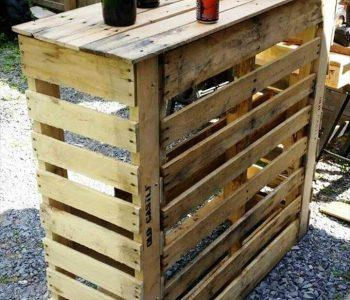 upcycled wooden pallet bar