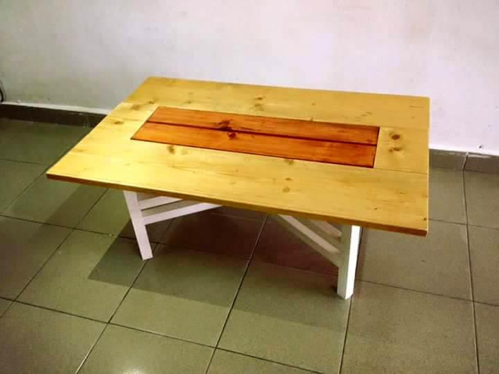 recycled pallet coffee table with removable legs