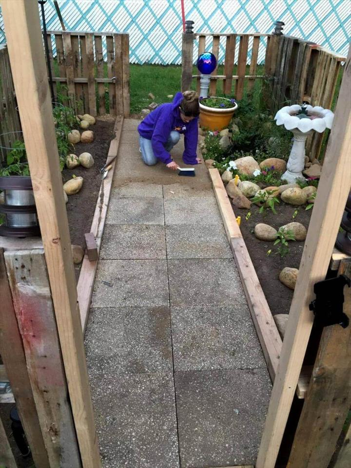 pallet garden installation
