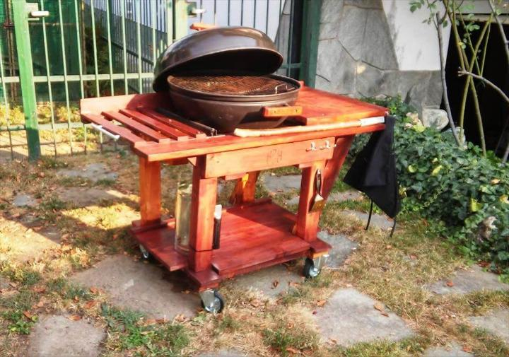 recycled pallet garden BBQ grill table