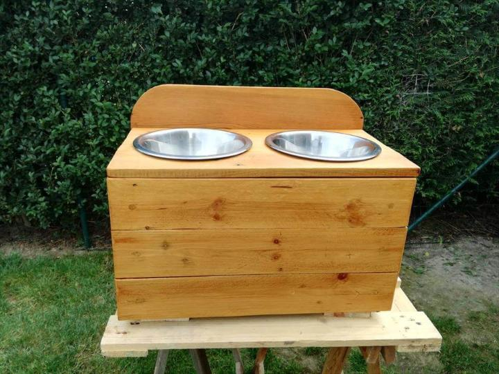 recycled wooden pallet dog bowl stand