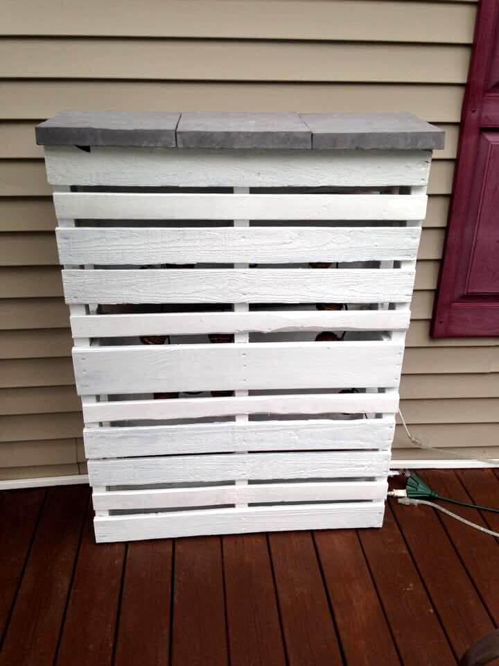 recycled white painted pallet bar with concrete tile top