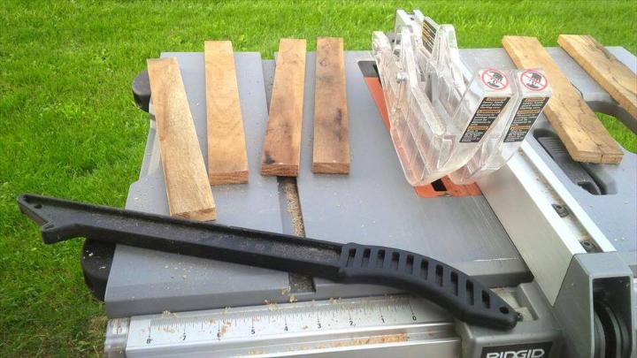 gritting and cutting of pallet slats