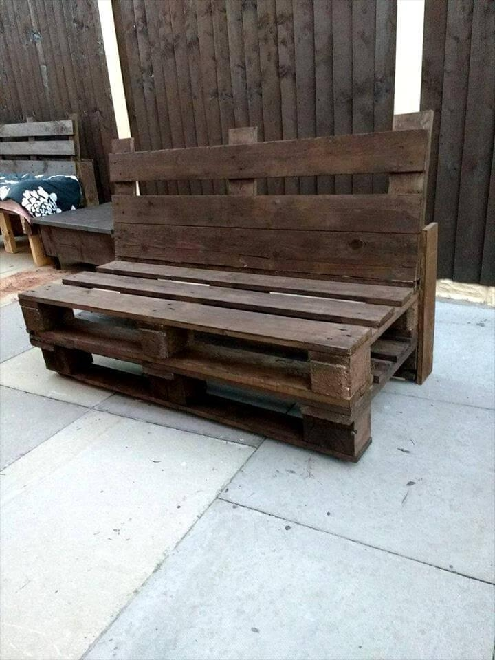 beefy wooden pallet benchbeefy wooden pallet bench