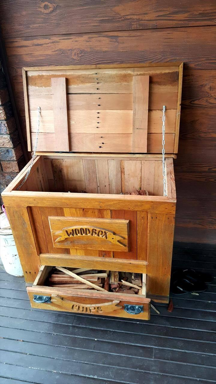 recycled pallet box with 1 drawer