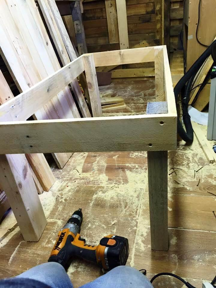 pallet-made frame for table