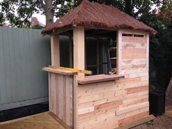repurposed wooden pallet deck bar