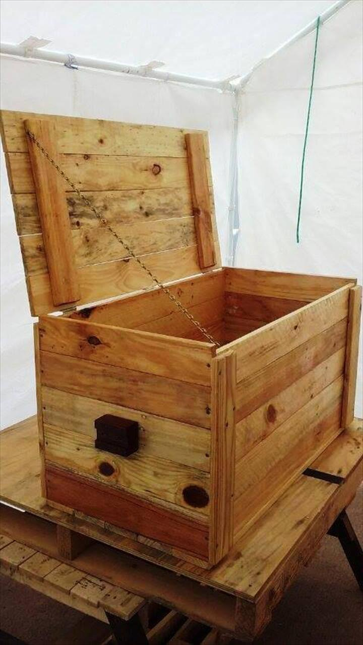 recycled pallet chest or storage box