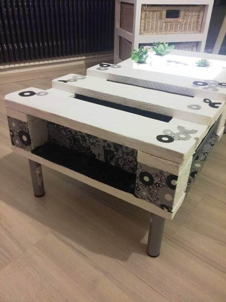 reclaimed pallet accent coffee table