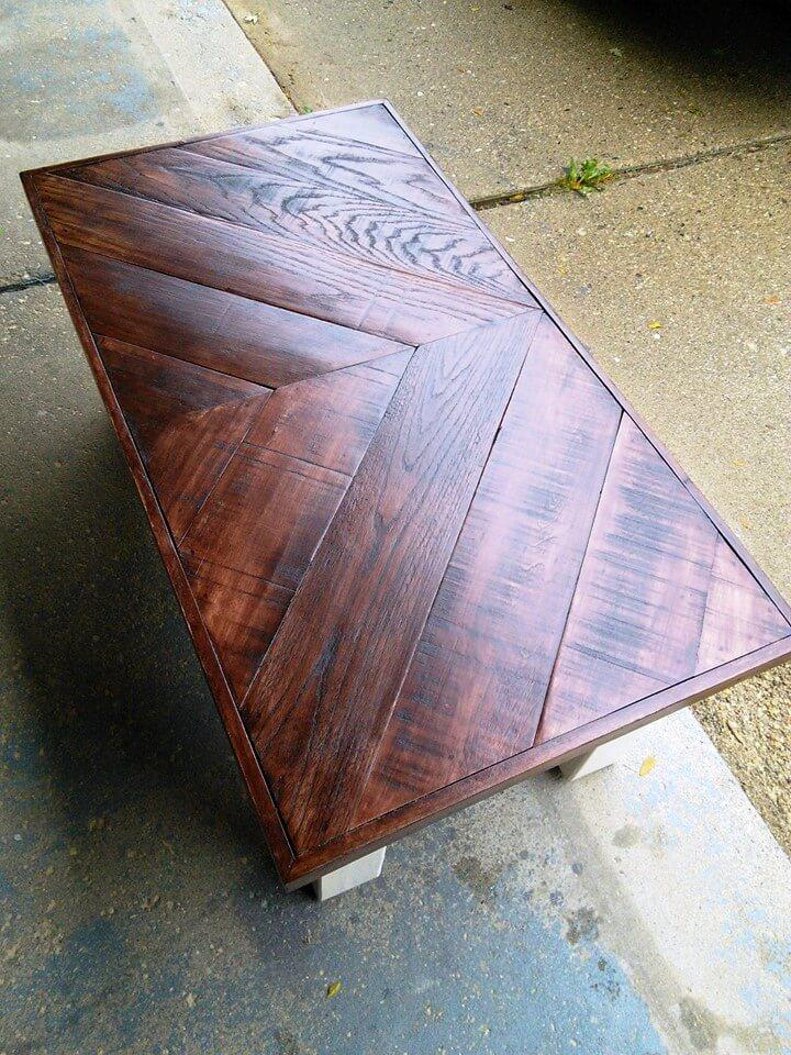 beautiful pallet chevron coffee table