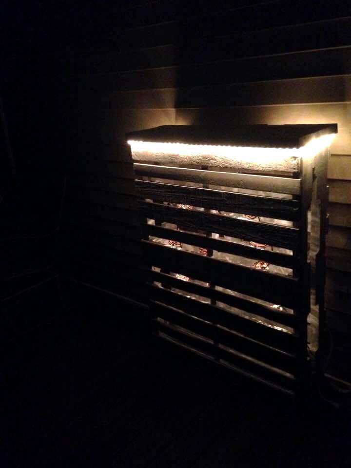 DIY pallet deck bar with lights