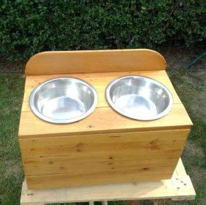 low-cost wooden pallet dog feeder