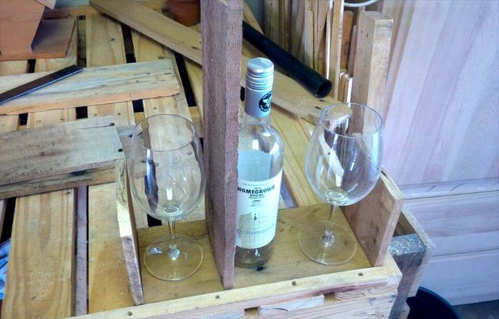how to build a drink caddy out of pallets
