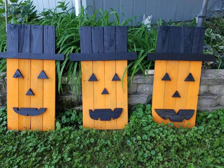 wooden cute pallet Halloween crafts