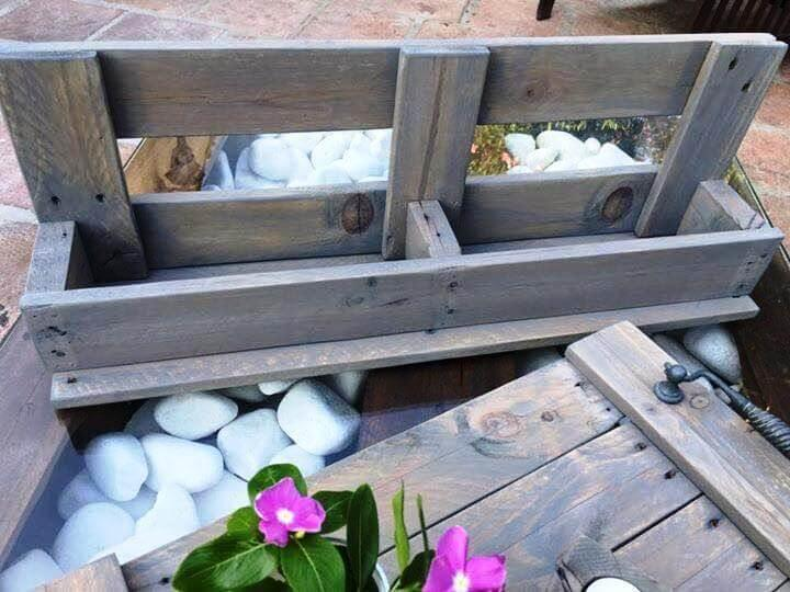 Handmade pallet tray with shelf