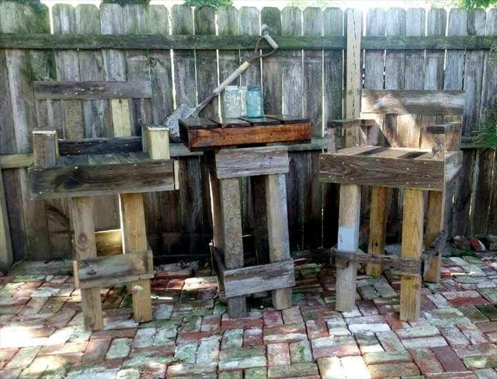 outdoor pallet bar table and 2 bar chair set