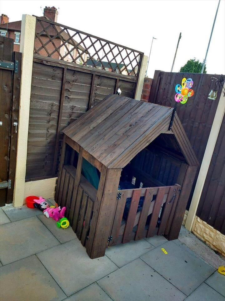 recycled pallet playhouse for little girl
