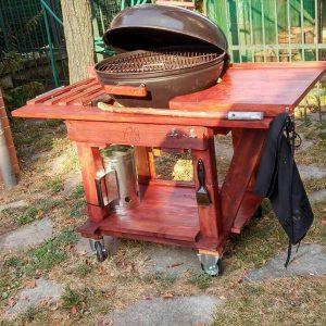 robust wooden pallet BBQ grill table