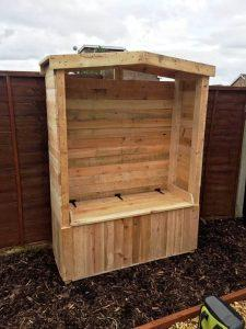 recycled pallet bench arbor