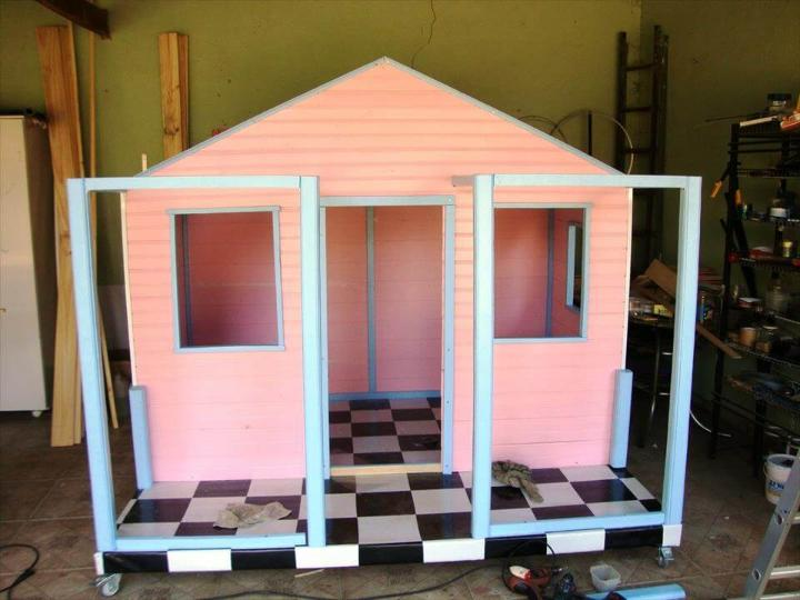 colorful pallet playhouse