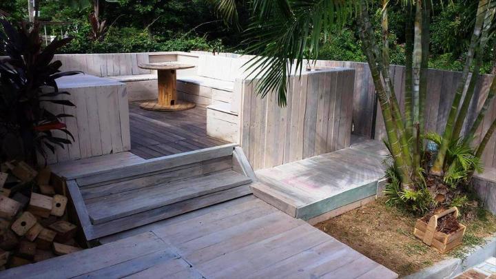 stunning block style wooden pallet terrace