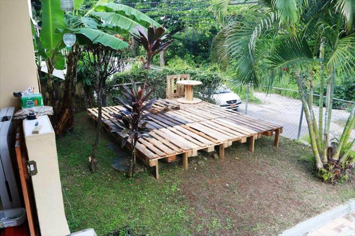 pallet terrace installation