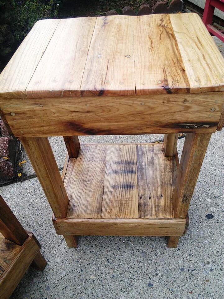 sturdy pallet stool