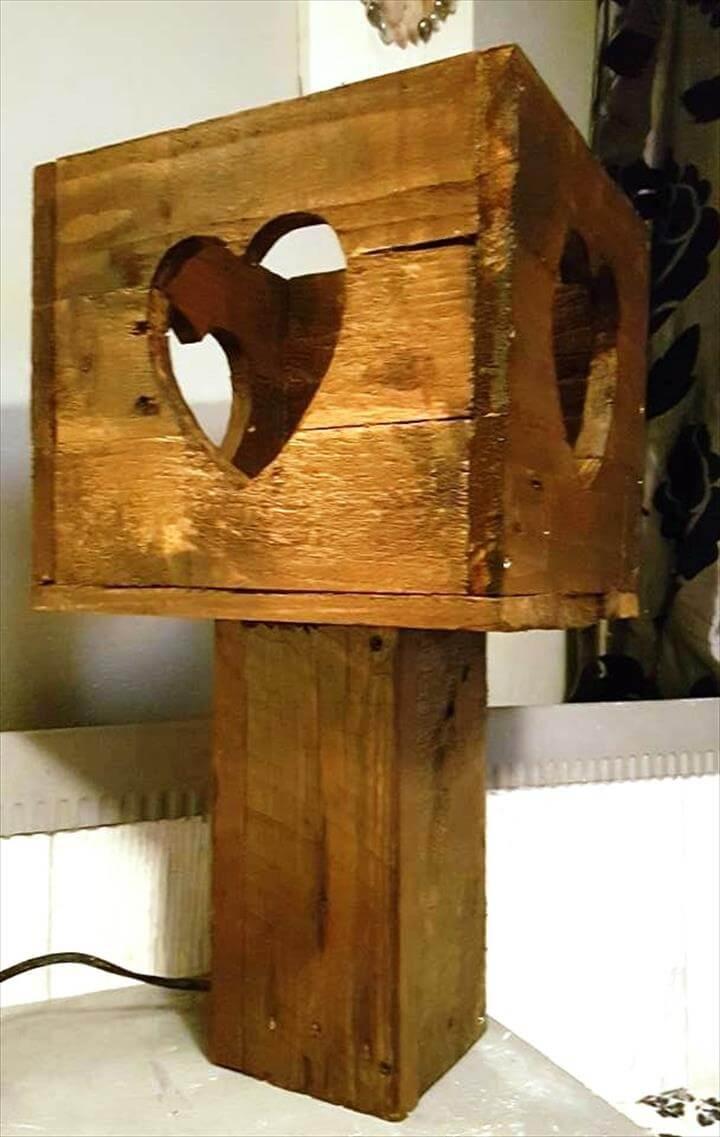 decorative pallet lamp