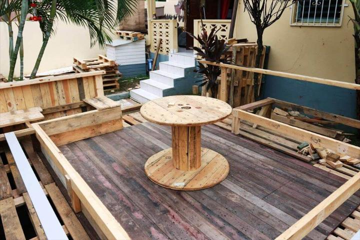 low-cost wooden pallet terrace