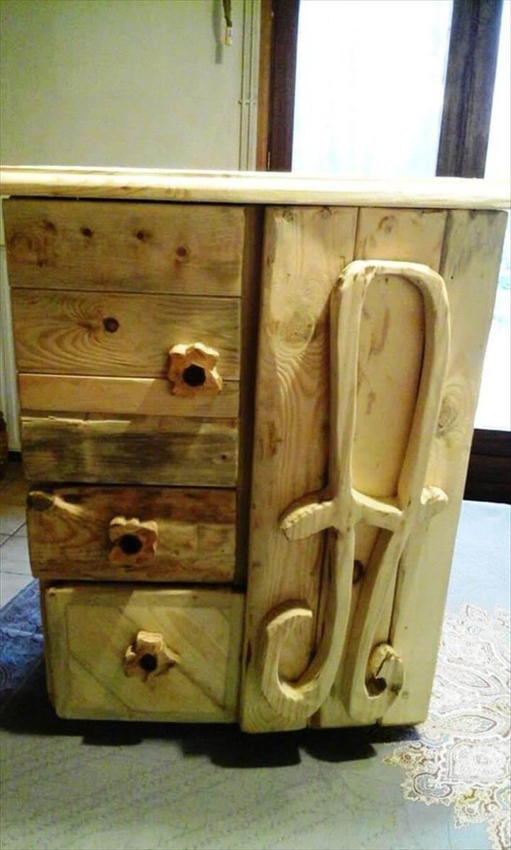 upcycled pallet wood jewelry box