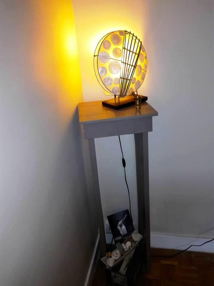 recycled pallet lamp stand