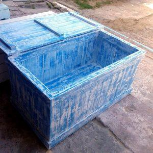 reclaimed pallet toy chest