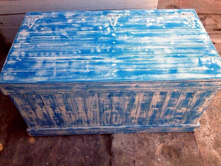 handcrafted shabby chic pallet chest