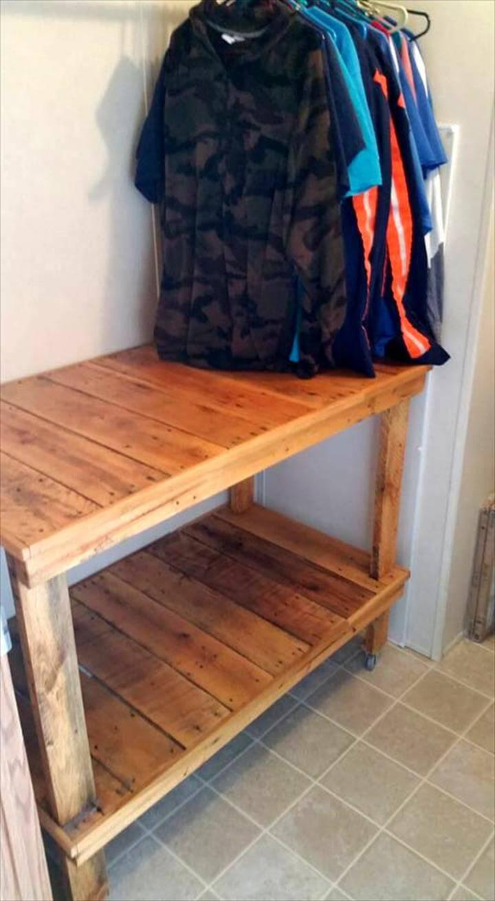 Pallet Laundry Room Cart On Wheels Easy Pallet Ideas
