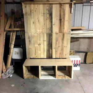 self-made pallet hall tree