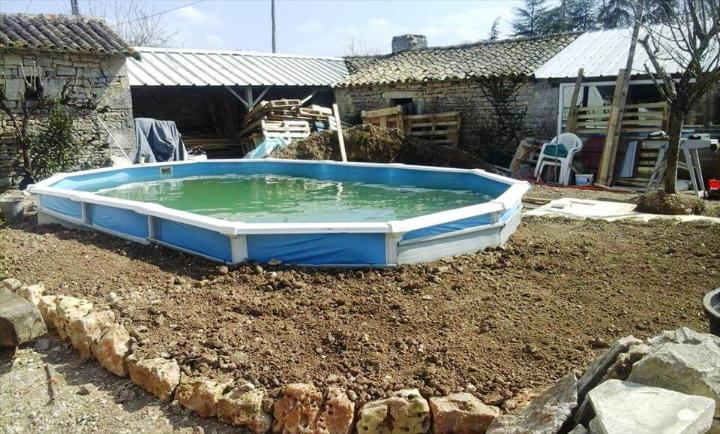 updating a swimming pool with pallets