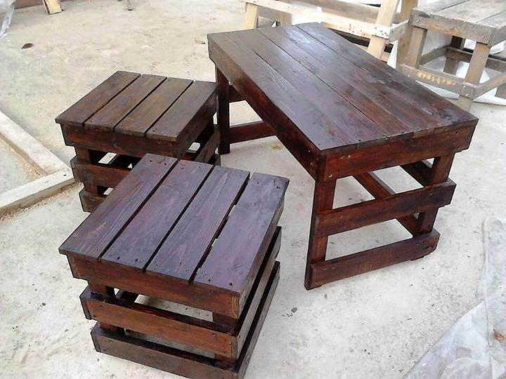 Wooden pallet coffee table and side table set