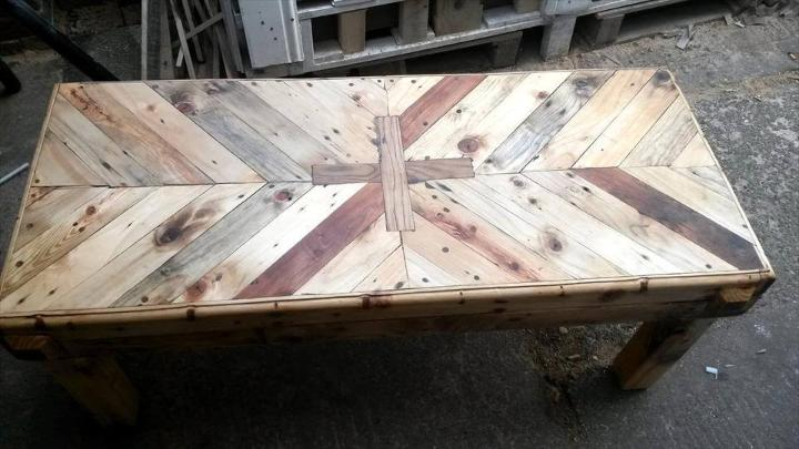 diy-pallet-chevron-coffee-table-with-plus-sign-inlay