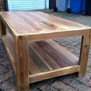 reclaimed pallet coffee table with inside storage space