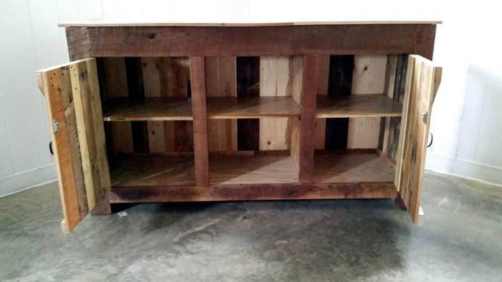 hand-built pallet TV console or entertainment center