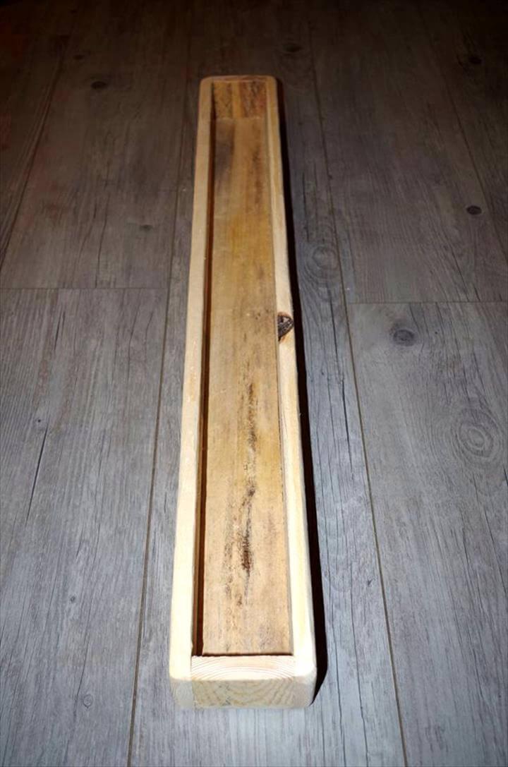 hand-built wooden pallet slim cubby